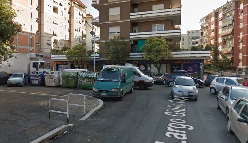 Negozio Largo Giulio Capitolino 13